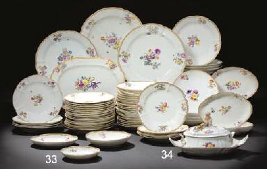 Service De Table En Porcelaine Design En Image