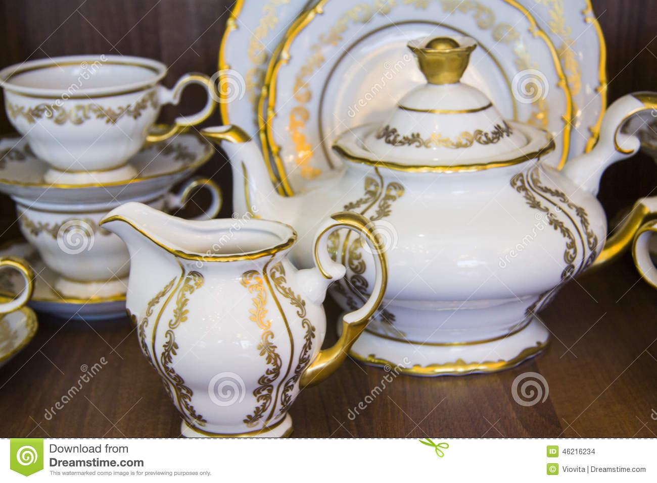 g nial vaisselle de luxe marque 7 99 mode osseuse royale vaisselle en porcelaine de th mis en. Black Bedroom Furniture Sets. Home Design Ideas