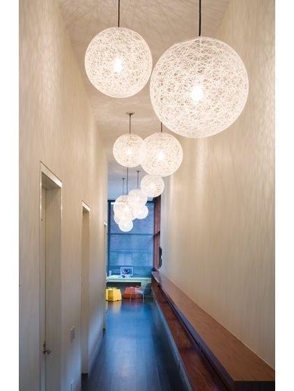 luminaire boule design en image. Black Bedroom Furniture Sets. Home Design Ideas