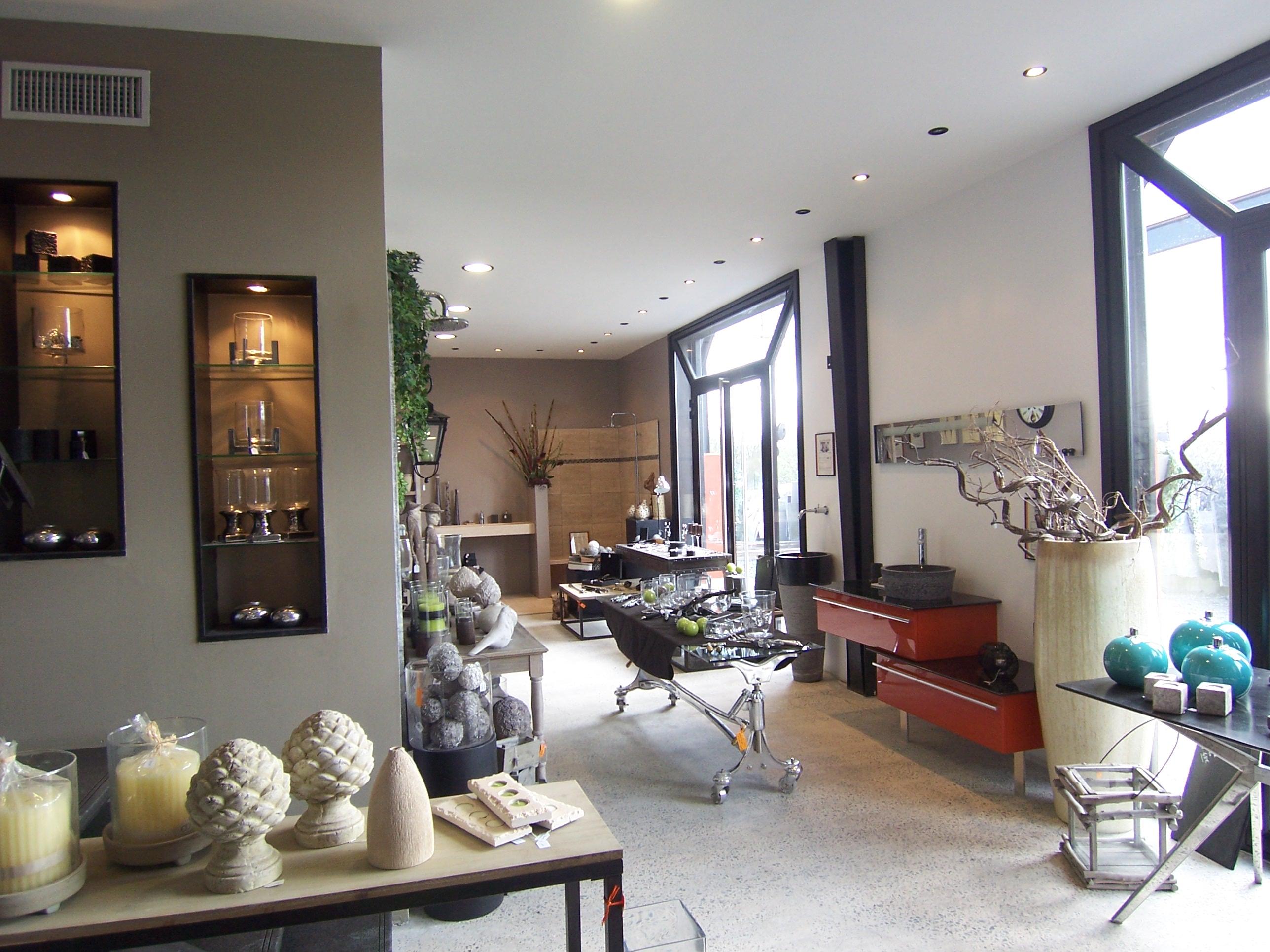 boutique decoration interieur design en image. Black Bedroom Furniture Sets. Home Design Ideas