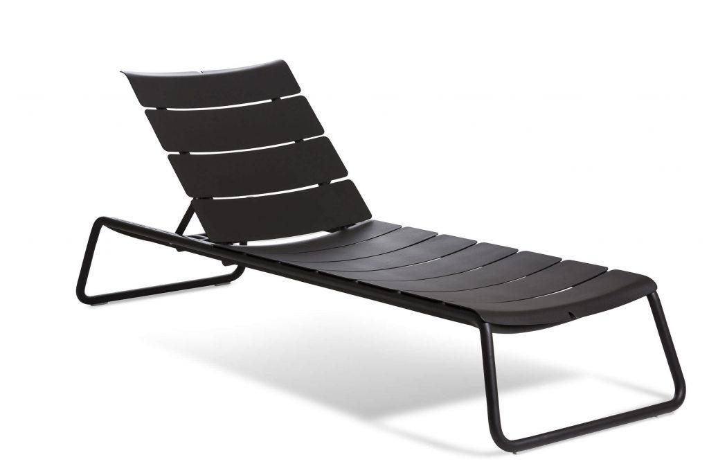 chaise longue aluminium design en image. Black Bedroom Furniture Sets. Home Design Ideas