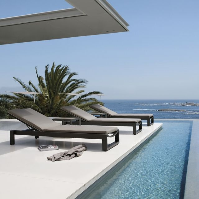 Chaise Longue Piscine Design - Design En Image