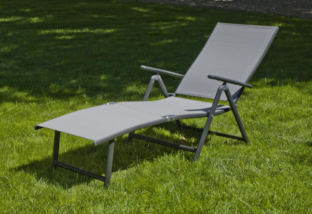 bain de soleil pliable aluminium design en image. Black Bedroom Furniture Sets. Home Design Ideas