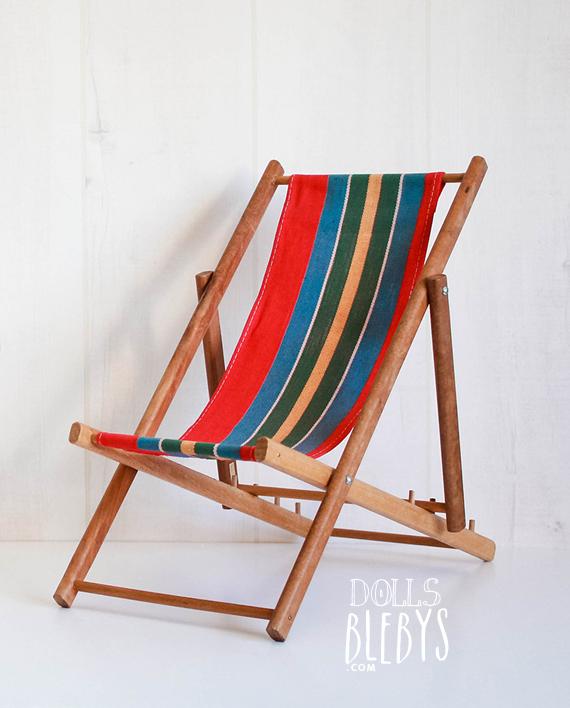 Chaise longue bois tissu design en image for Chaise longue pliante bois tissu