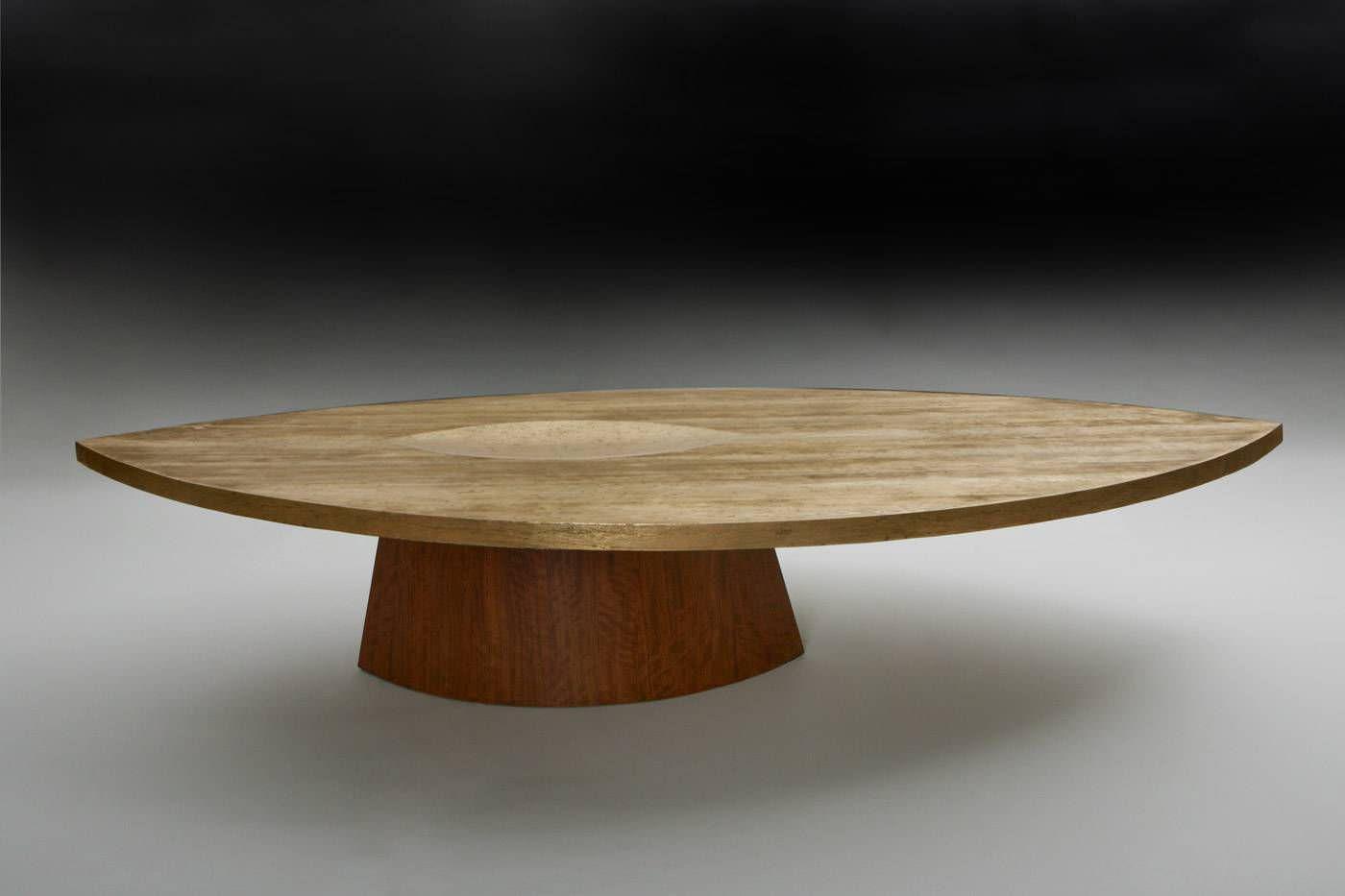 Table basse ovale bois massif design en image - Table basse ovale pas cher ...