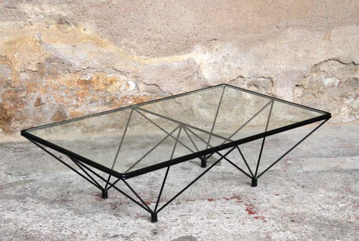 table basse en verre et metal. Black Bedroom Furniture Sets. Home Design Ideas