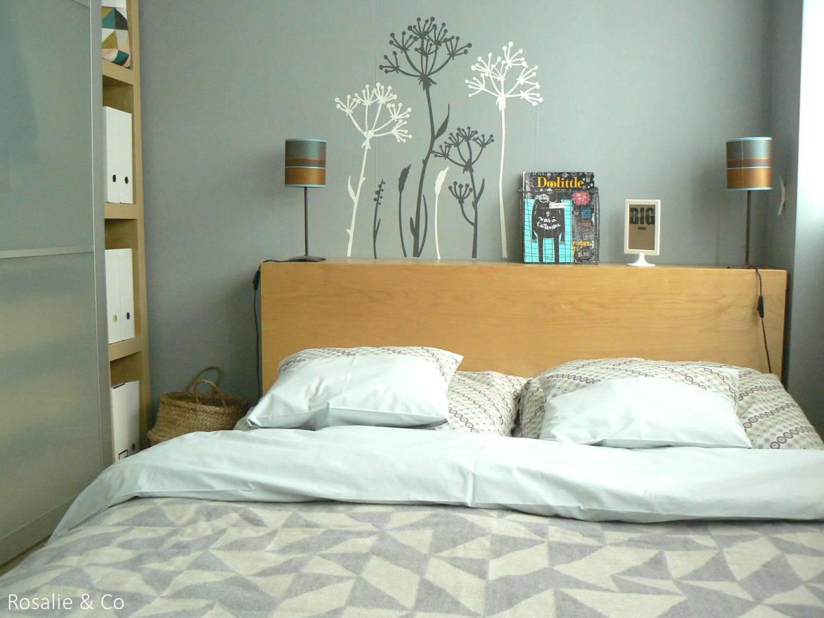 etagere murale table de nuit design en image. Black Bedroom Furniture Sets. Home Design Ideas
