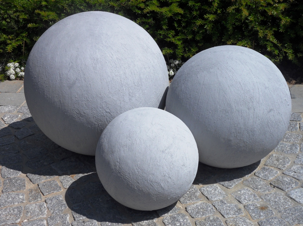 Boule ceramique decoration jardin - Design en image
