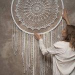 Décoration murale crochet