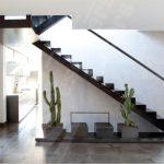 Decoration interieur avec escalier