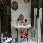 Decoration vitrine salon coiffure