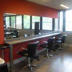 Décoration salon de coiffure homme