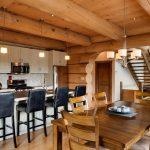 Decoration interieur de maison en bois