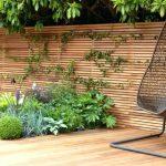 Decoration mur exterieur jardin en bois