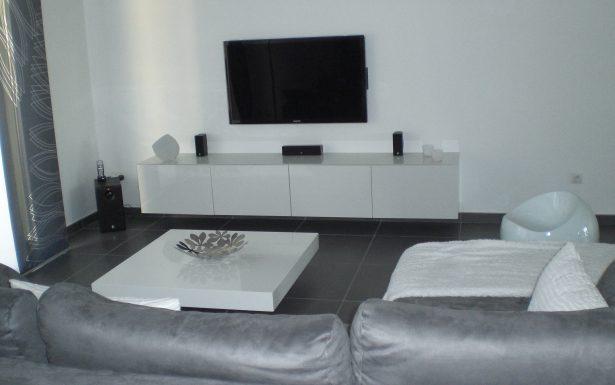 Decoration salon noir et turquoise - Design en image