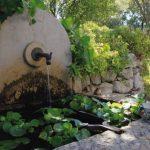Décoration jardin extérieur fontaine