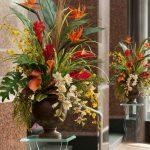 Décoration salon avec fleurs artificielles