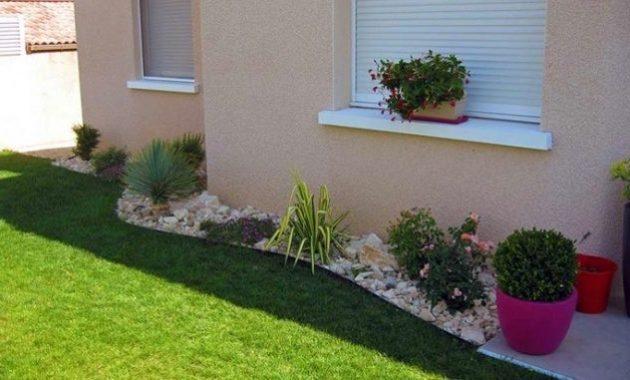 Décoration jardin devant maison