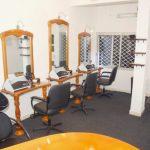 Decoration salon coiffure homme