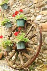 Decoration jardin roue