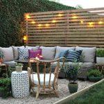Decoration panneau bois jardin