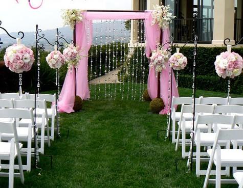 Decoration de jardin rose