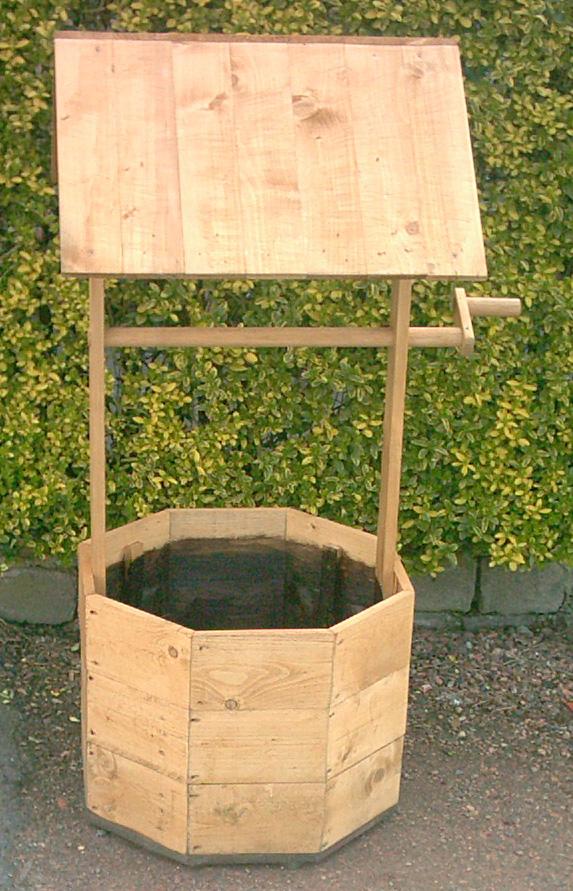 Décoration de jardin bois
