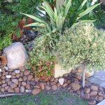 Pierres décoration jardin