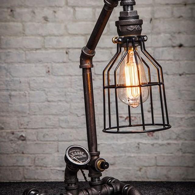 Lampe de chevet style indus