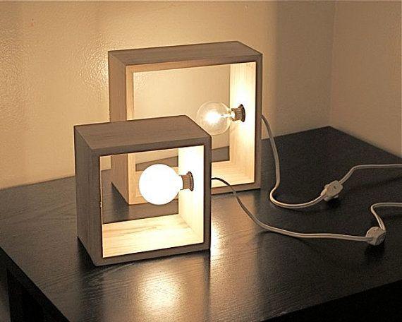 Lampe design bois carree