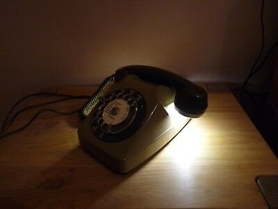 Lampe de chevet telephone