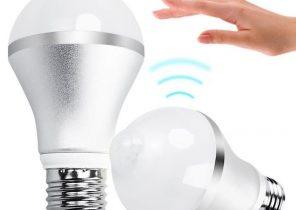 Lampe de chevet avec détecteur sonore