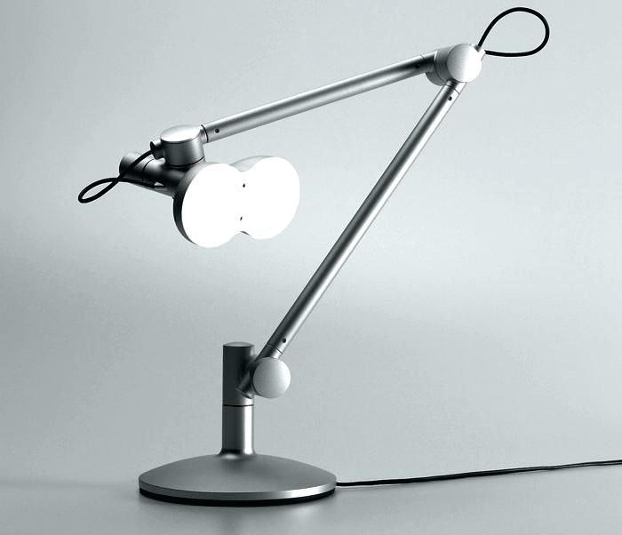 Lampe de bureau led design