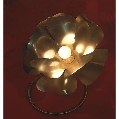 Lampadaire fleur flexible