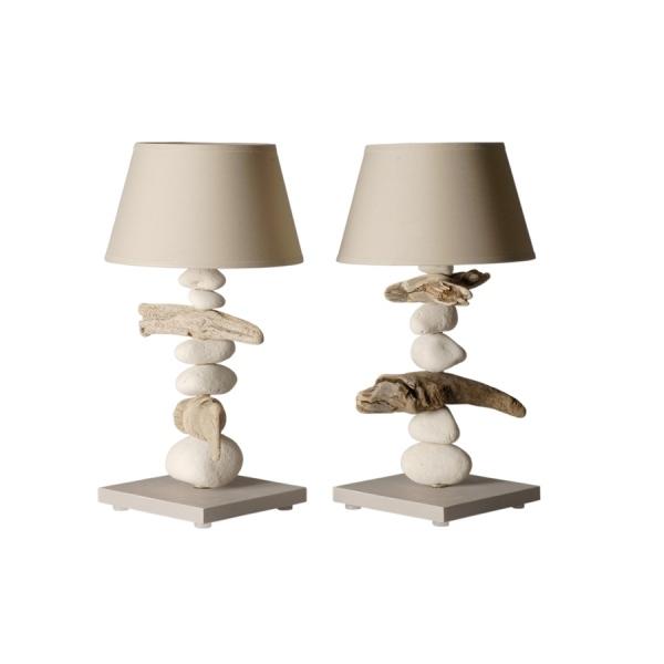 Lampe de chevet et bois