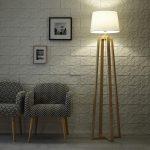 Lampadaire sur pied en bois