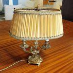 Ancienne lampe de chevet en laiton