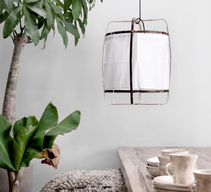 Lampe design africaine